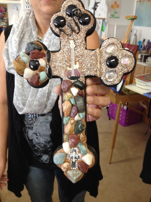 All kinds of creativity going on here!  What a way to honor her father with a cross!